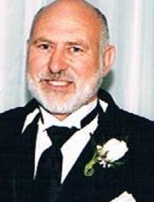 Ian 70 y.o. from Canada