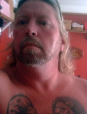 ken 57 y.o. from USA