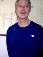 Lawrence 71 y.o. from USA