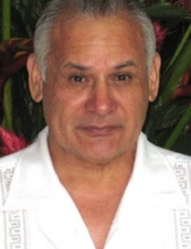 Raul 68 y.o. from USA