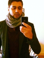 Asad 44 y.o. from UK