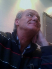 Tomas 62 y.o. from Sweden