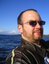 Andrew 40 y.o. from Canada